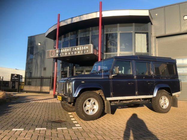 <strong>[VERKOCHT]</strong> Land Rover Defender 110