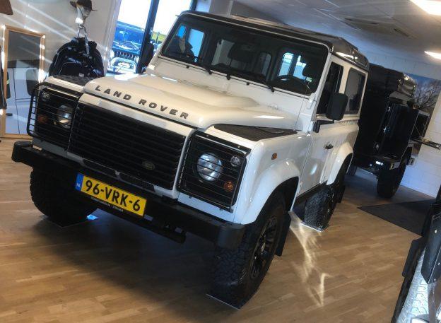 <strong>[VERKOCHT]</strong> Land Rover Defender 90